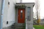 Vchod do kanceláře místní části