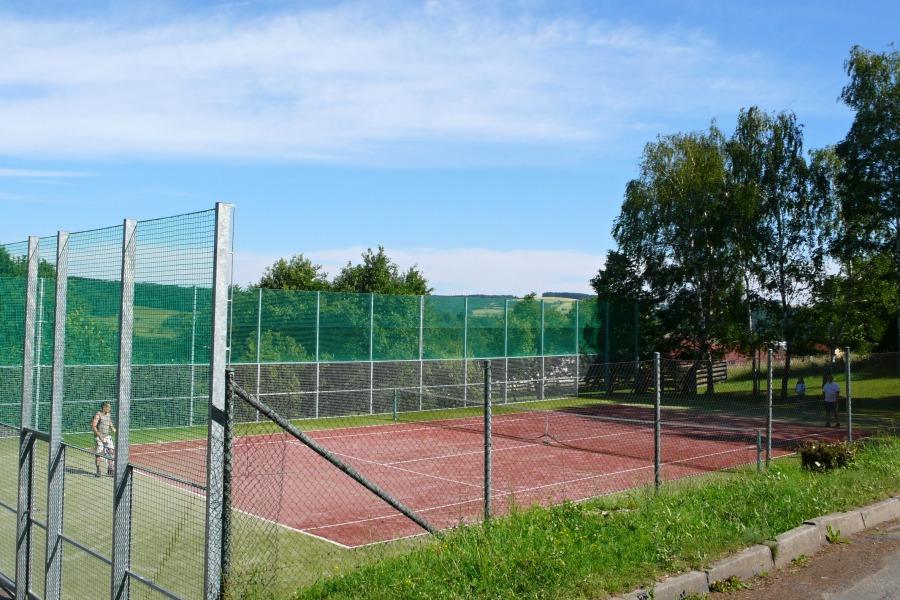 Dětská hřiště a sportoviště