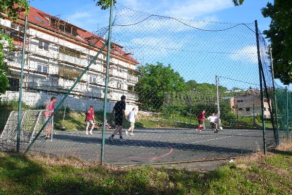 Sportoviště K Dálnici